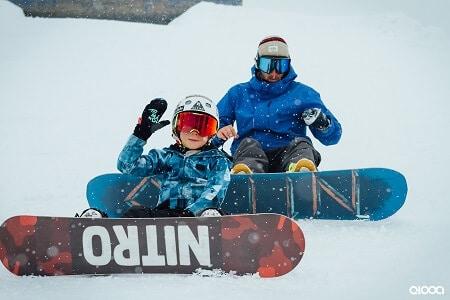 Ist es für einen Surfer einfach, Snowboard zu lernen oder umgekehrt?