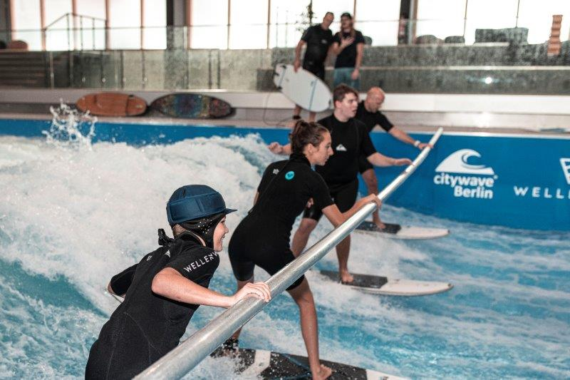 Surfkurs 1 Credit Theresa Lange Wellenwerk